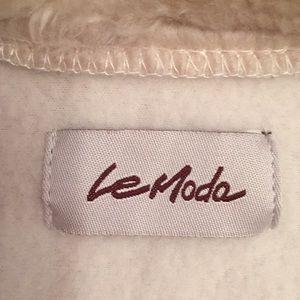 la mode Jackets & Coats - Ladies zip front wrap